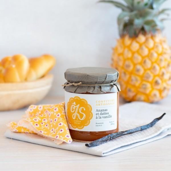Ananas et dattes à la vanille